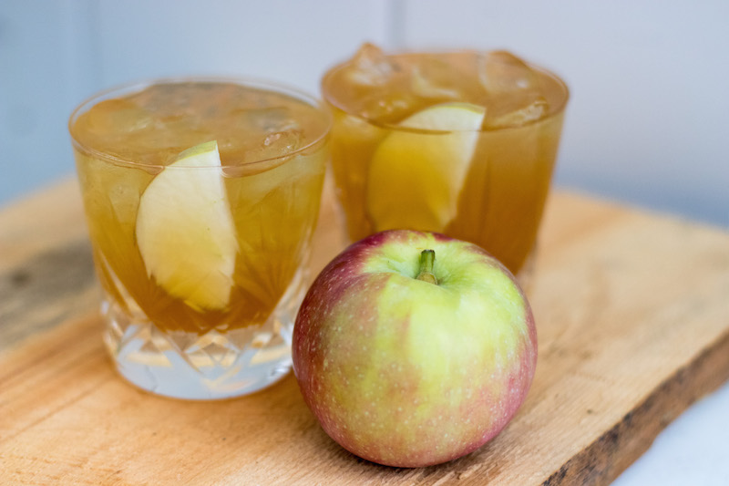 Epicure Catering | Scotch and Cider | Emily Jo Larkin | Sarah Peschel | Farm to Table Cocktails